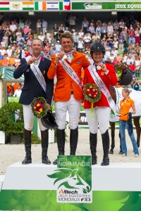 Dutch rider Jeroen Dubbeldam wins Gold (center),  France's Patrice Delaveau takes Silver (left) and  US rider Beezie Madden takes Bronze  (c) Hippo Foto Team - Leanjo de Koster / FEI