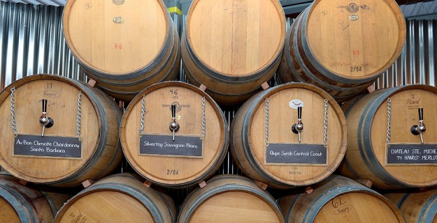 Southern Wine winebarrels